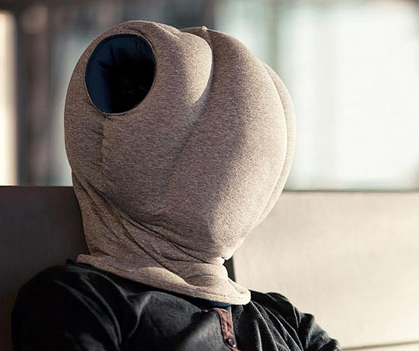casco-integrale-per-pennichella-chindogu-invenzioni-giapponesi