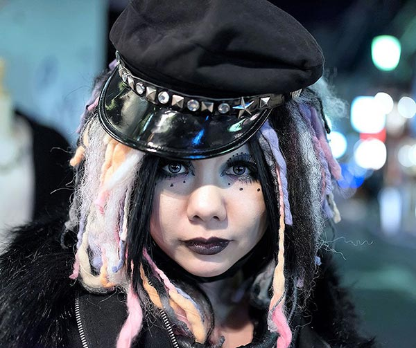 cyber-goth-japanese-style