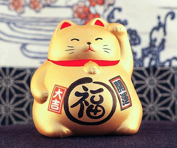 gatto-benvenuto-maneki-neko-usanze-giapponesi