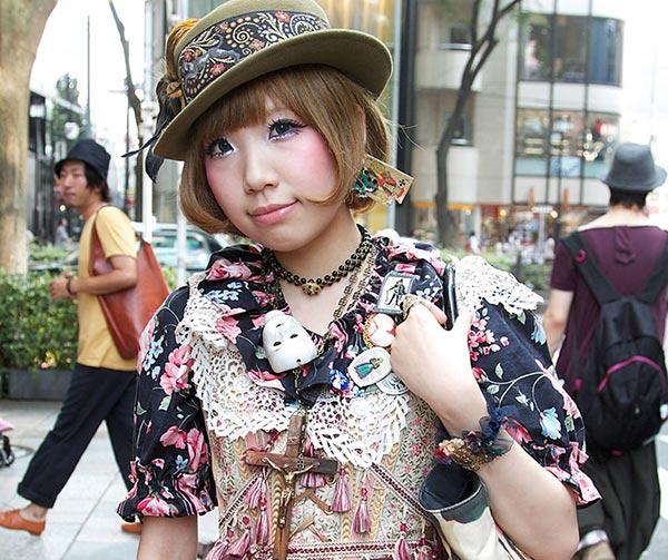 pastel-goth-japanese-style