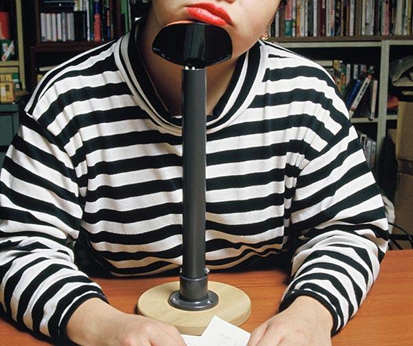 poggiatesta-da-scrivania-chindogu-invenzioni-giapponesi