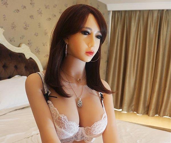 real-doll-bambole-amore-usanze-giapponesi