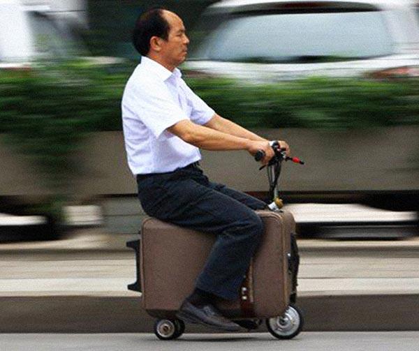 valigia-scooter-chindogu-invenzioni-giapponesi
