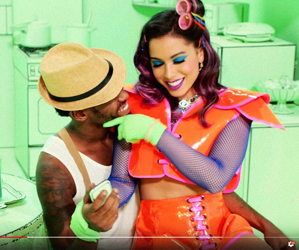 essa-mina-é-louca-anitta-pop-brasileiro