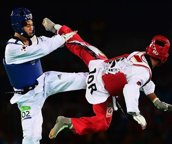 taekwondo-usi-costumi-coreani