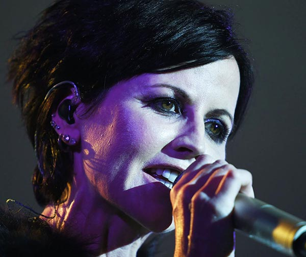 dolores-oriordan-cranberries-personaggi-pop-irlandesi