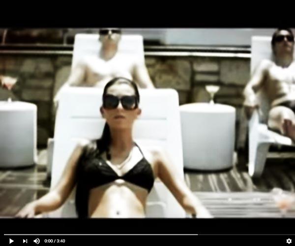 hande-yener-bodrum-musica-pop-turca