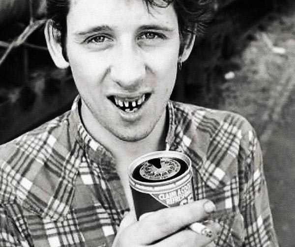 shane-macgowan-the-pogues-personaggi-pop-irlandesi