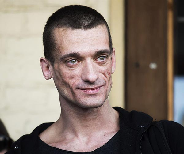 pyotr-pavlensky-personaggi-pop-russi