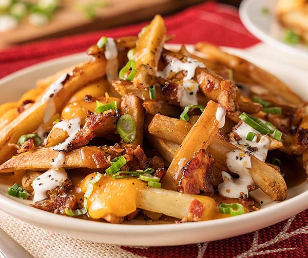 canadian-poutine-cose-pop-canadesi