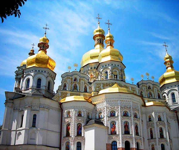 monastero-delle-grotte-kiew-usi-costumi-ucraini