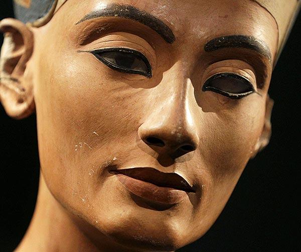 busto-di-nefertiti-cose-pop-egizie