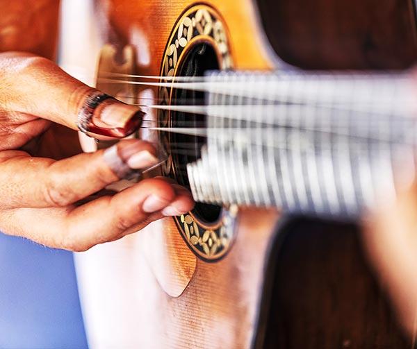 chitarra-portoghese-usi-costumi-portoghesi