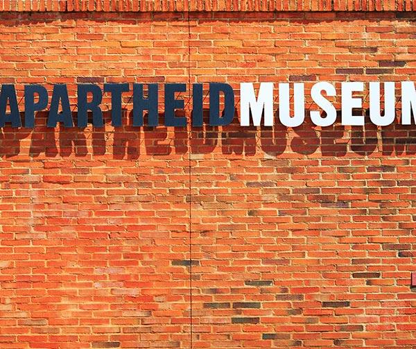 museo-apartheid-usi-costumi-sudafricani