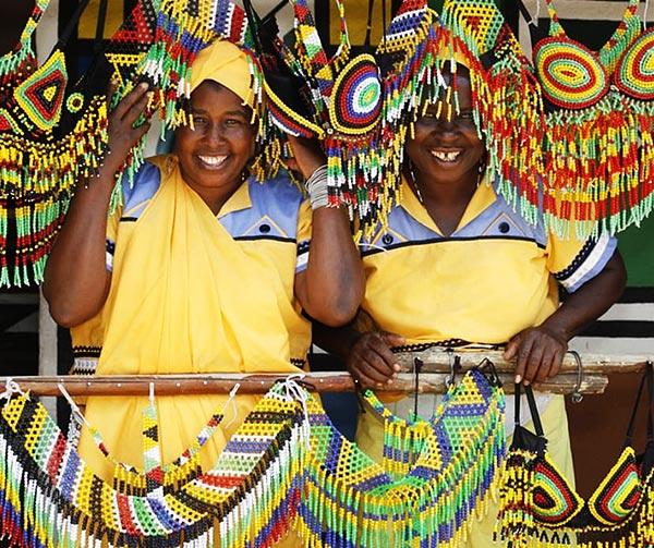 zulu-villaggio-usi-costumi-sudafricani