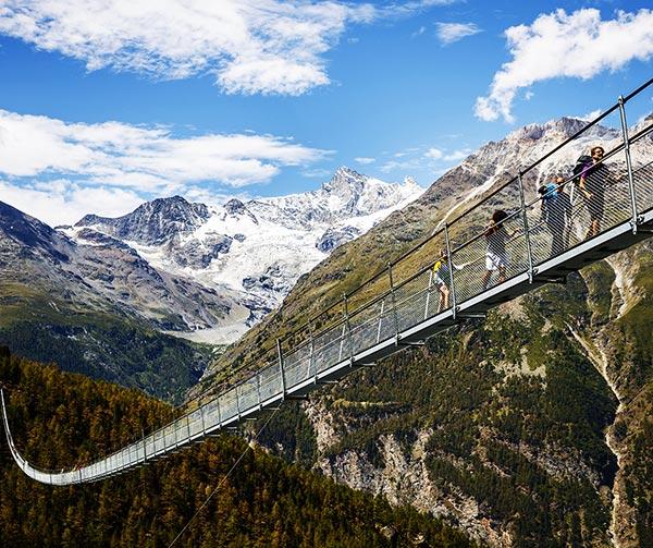 ponte-sospeso-charles-kuonen-usi-costumi-svizzeri